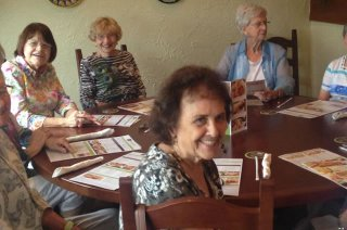 ladies-lunch-out-2-640x424